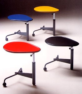 toshiyuki-kita-kick-table